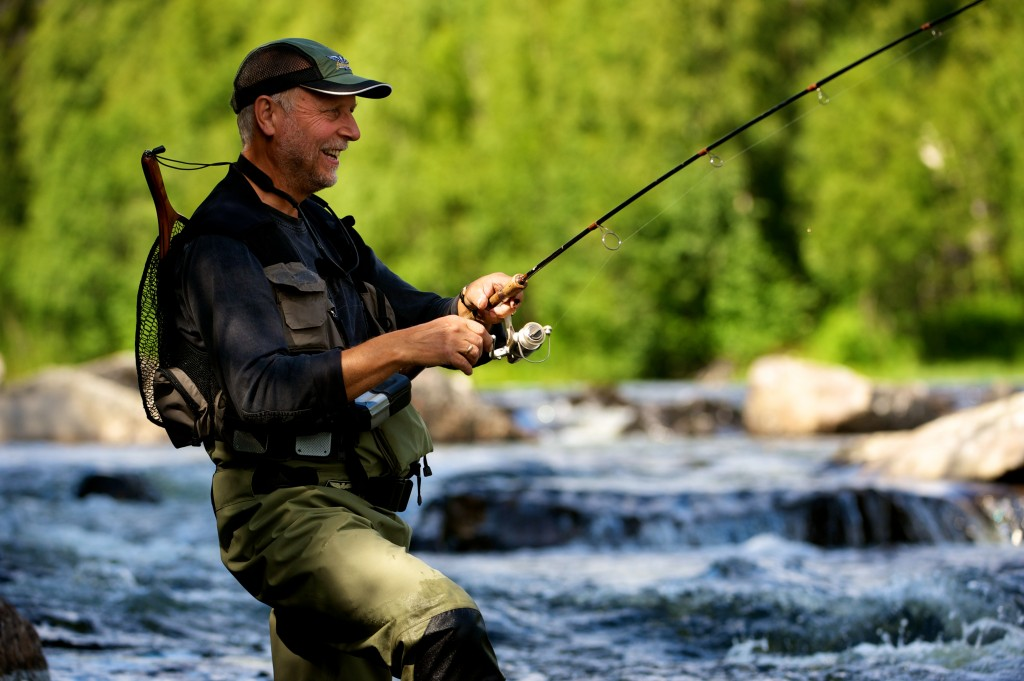 Spin-fishing-in-Holselva-Hallingdal-012011-99-0054